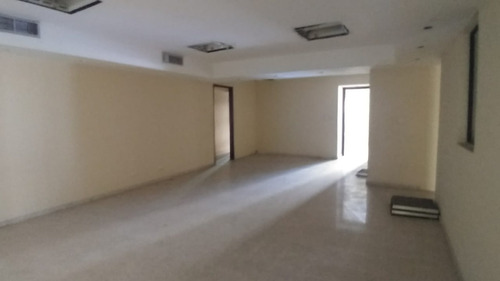 local comercial duple 1800 mts