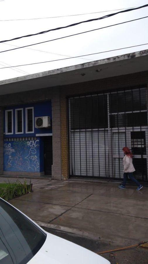 local comercial en alquiler ubicado en adrogué