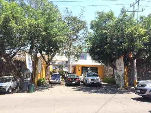 local comercial en av. san diego, col. vista hermosa, cuerna