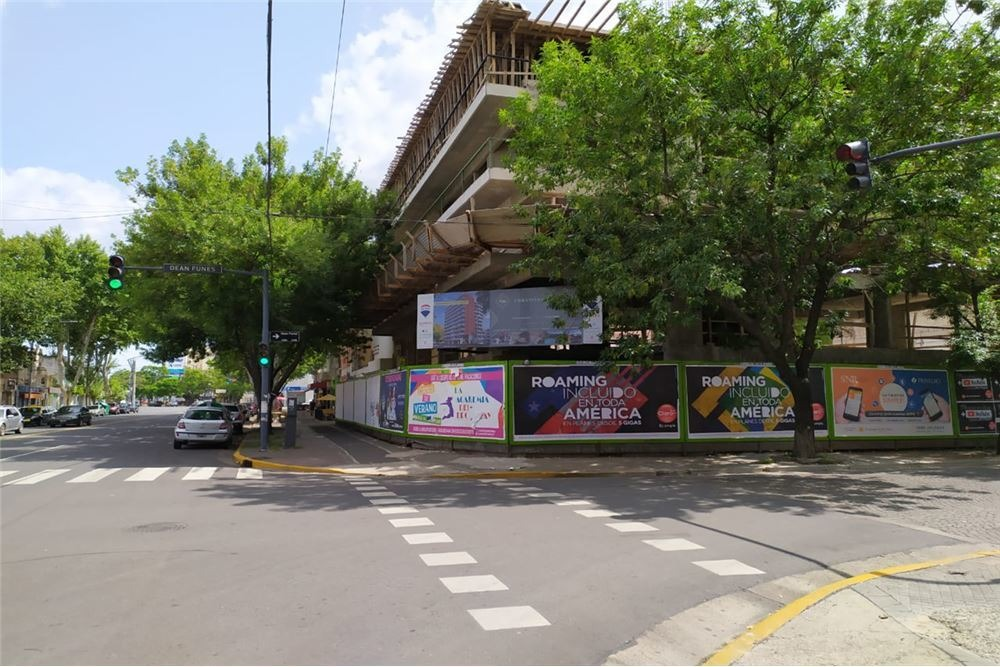 local comercial en esquina desde 70 m2