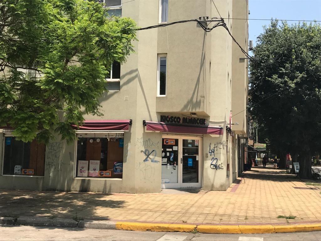 local comercial en esquina ubicado en inmejorable zona de la ciudad de la plata