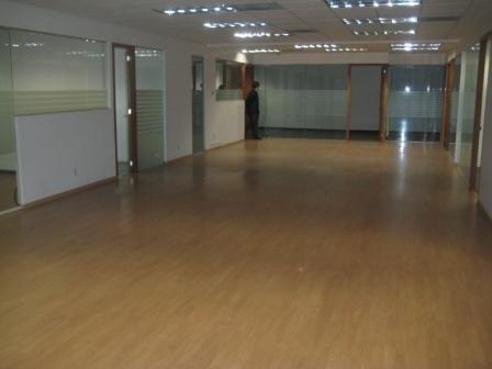 local comercial en planta baja 350 m2 cygni local