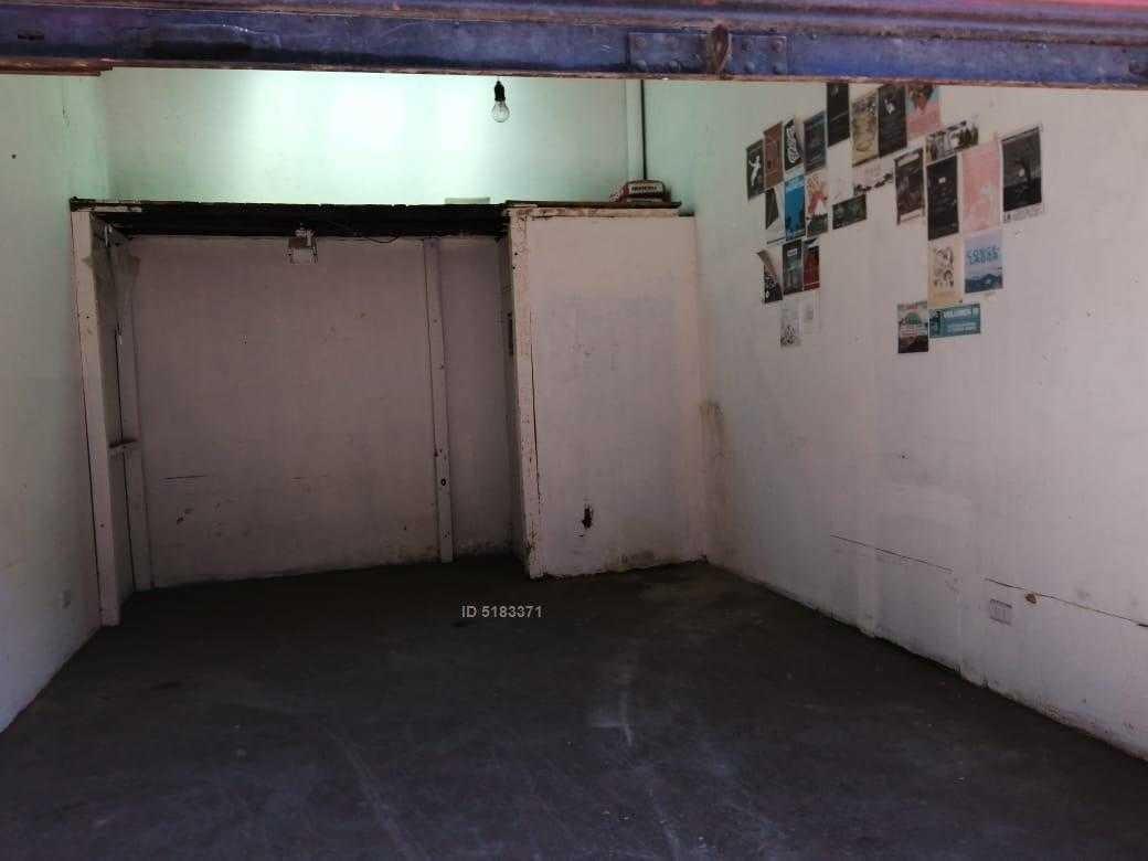 local comercial en plaza yungay 25m2+baño.