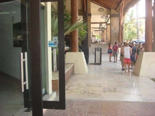 local comercial en renta en aldea thai playa del carmen p1556