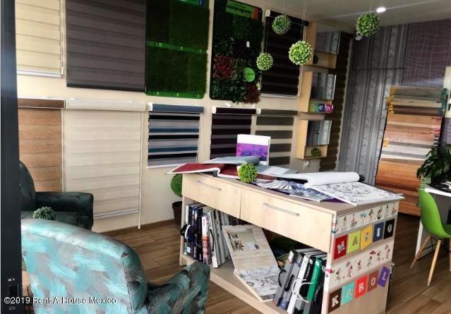 local comercial en renta en el mirador # 19-2099
