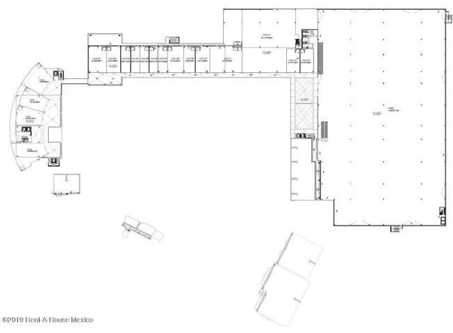 local comercial en renta en el refugio # 19-575 jl