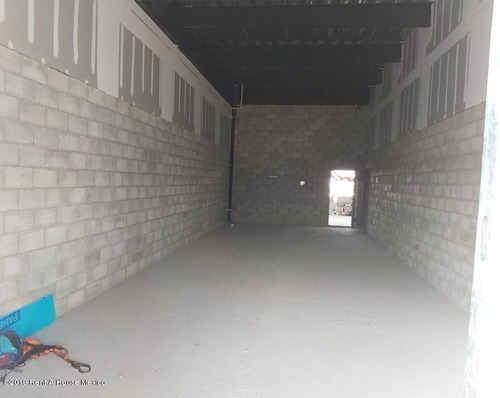 local comercial en renta en el refugio, queretaro, rah-mx-20-207