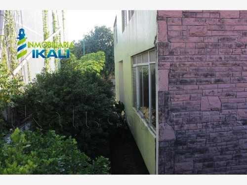 local comercial en renta jardines de tuxpan