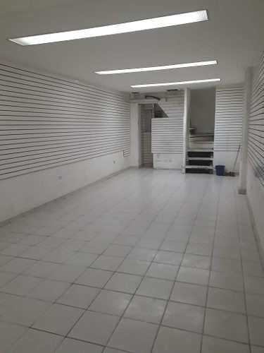 local comercial en renta ubicado en gran plaza!!!