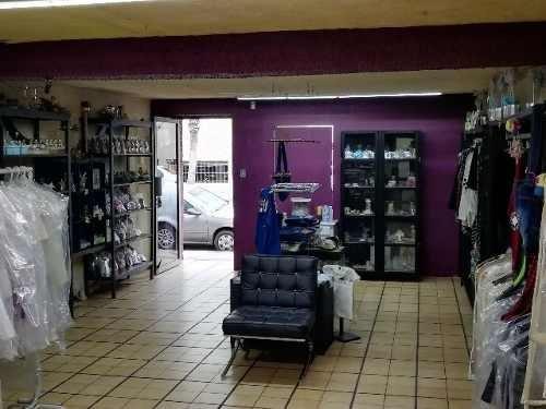 local comercial en venta cerca del tecno