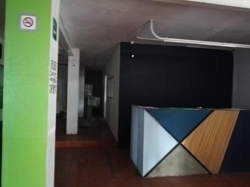 local comercial en venta con bodega en av. juan pablo ii