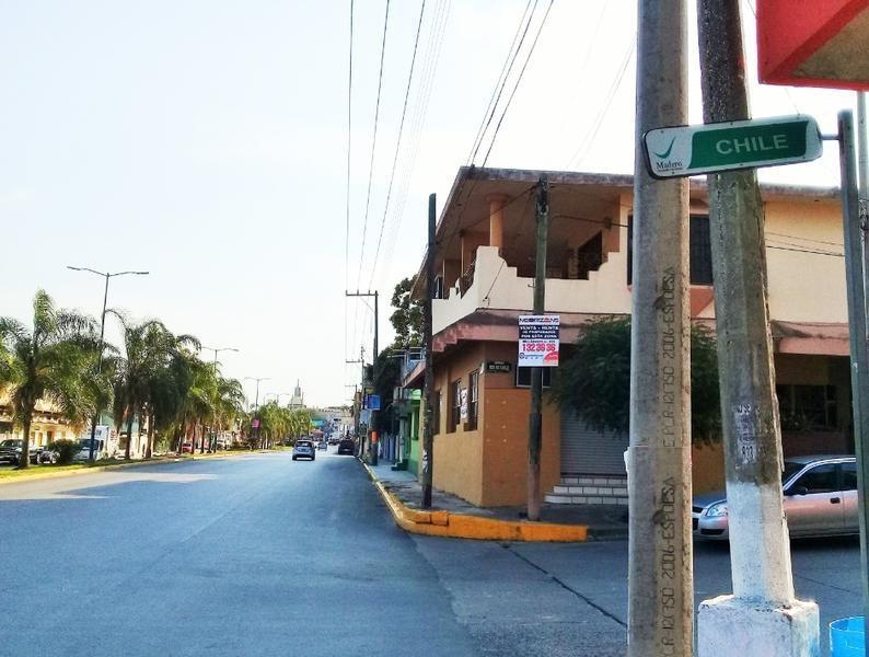 local comercial en venta en cd. madero col. benito juárez calle república de chile