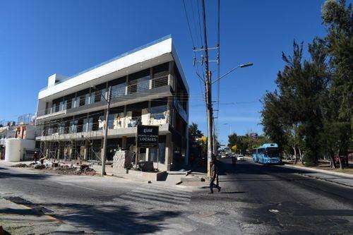 local comercial en venta y renta en monumental