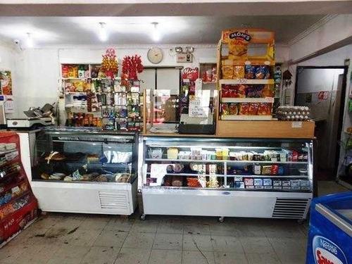 local comercial funcionando panaderia y pasteleria clientela formada