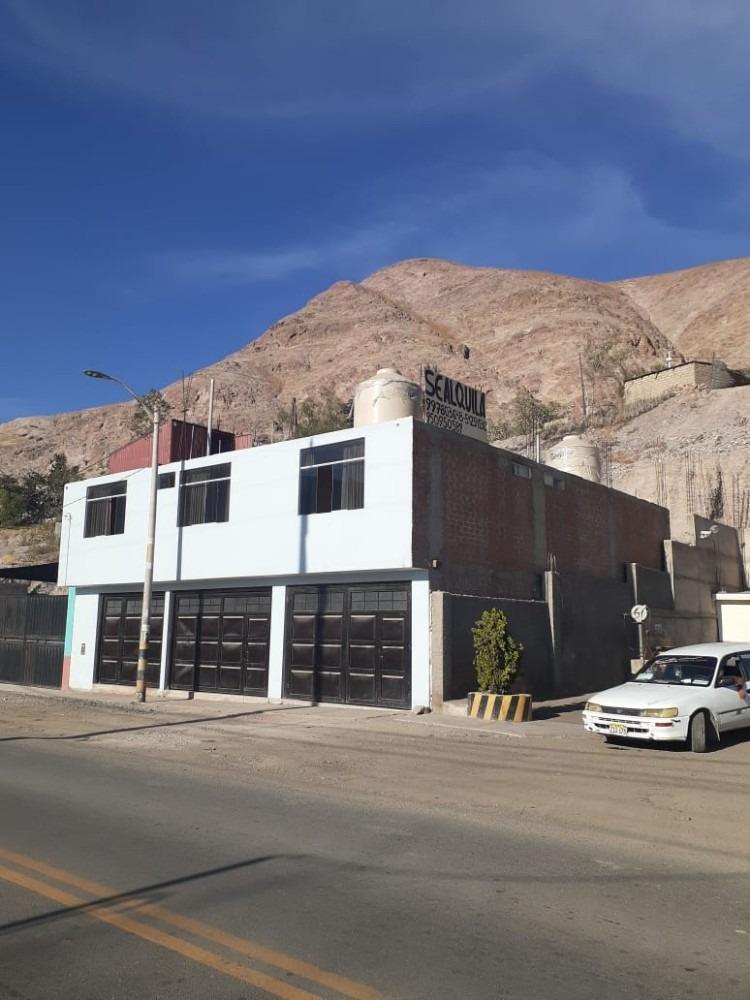 local comercial grande en moquegua, lugar del boom minero.