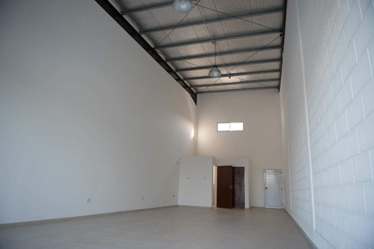 local comercial - ideal inversores - miradores manantiales - 77 m2