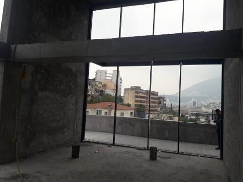local comercial nuevo en plaza comercial simon bolivar