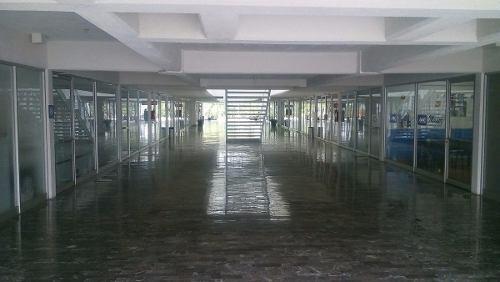 local comercial o oficina en plaza mexico