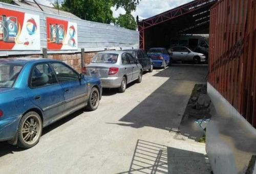 local comercial para automotora