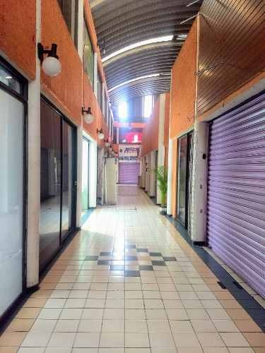 local comercial plaza cuemanco coapa