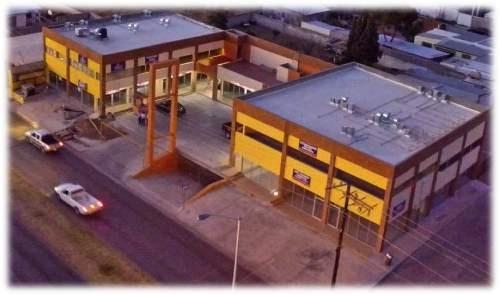 local comercial plaza lombardo