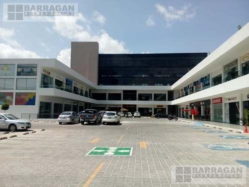 local comercial y oficinas en venta plaza nazas, centro sur.