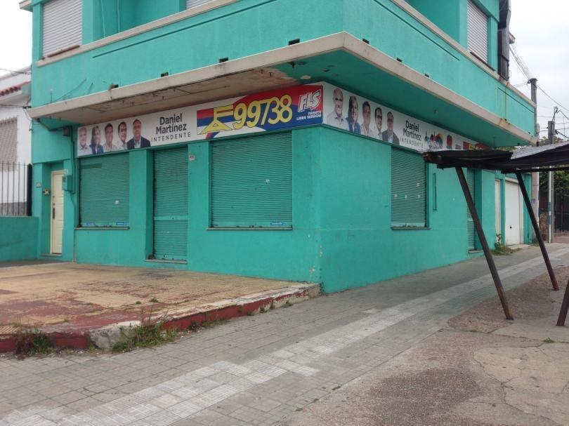 local comercial,av.gral san martín