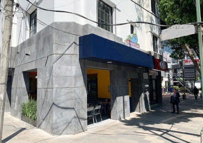 local con uso de suelo para restaurante.
