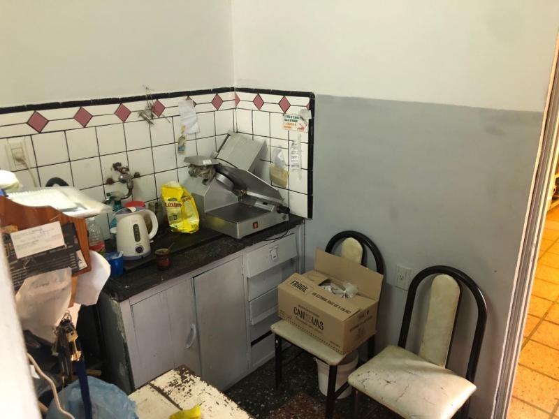 local con vivienda en venta en tolosa, la plata. 2bis y 530