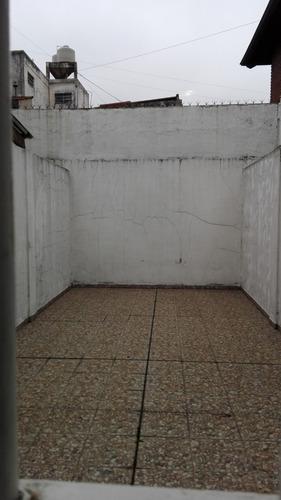 local de 100 m2 en avenida san martin.