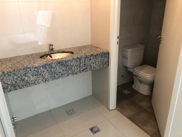 local de 100m2 con dos baños- villa devoto
