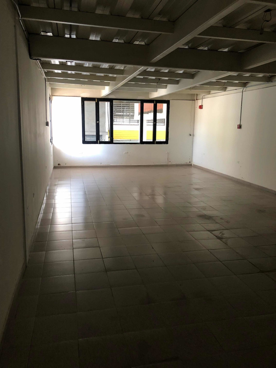 local de 119 m2 avenida principal