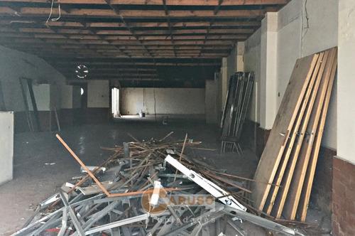 local de 290 m2 en paso del rey centro