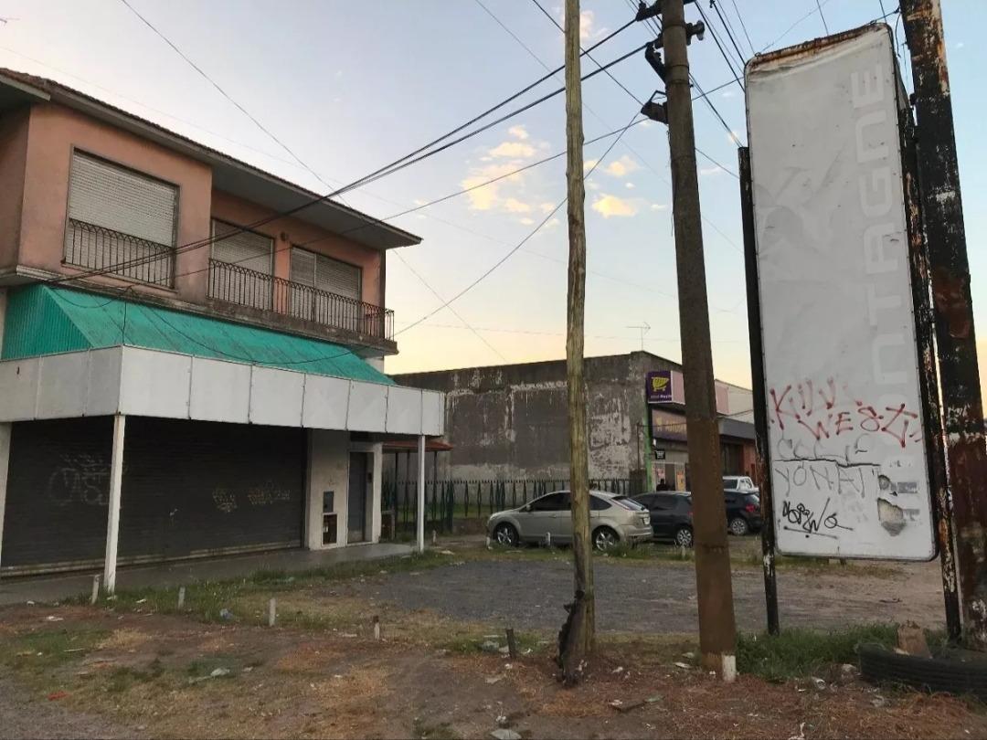 local en alquiler avenida calchaqui quilmes