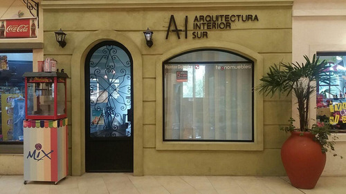 local en alquiler : canning :: plaza canning