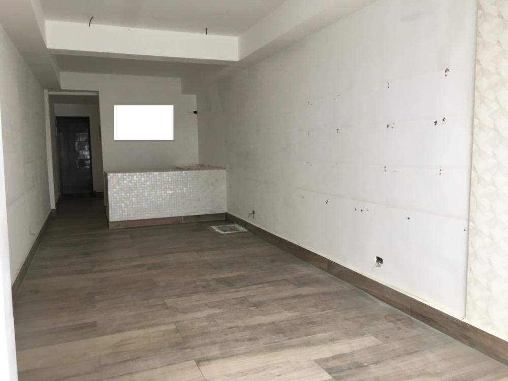 local en alquiler en piantini en el primer nivel de 60 m2