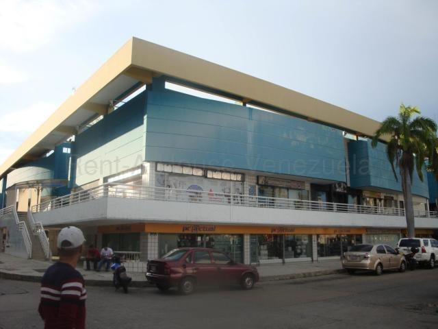 local en alquiler en urb camoruco valencia 20-8843 gav