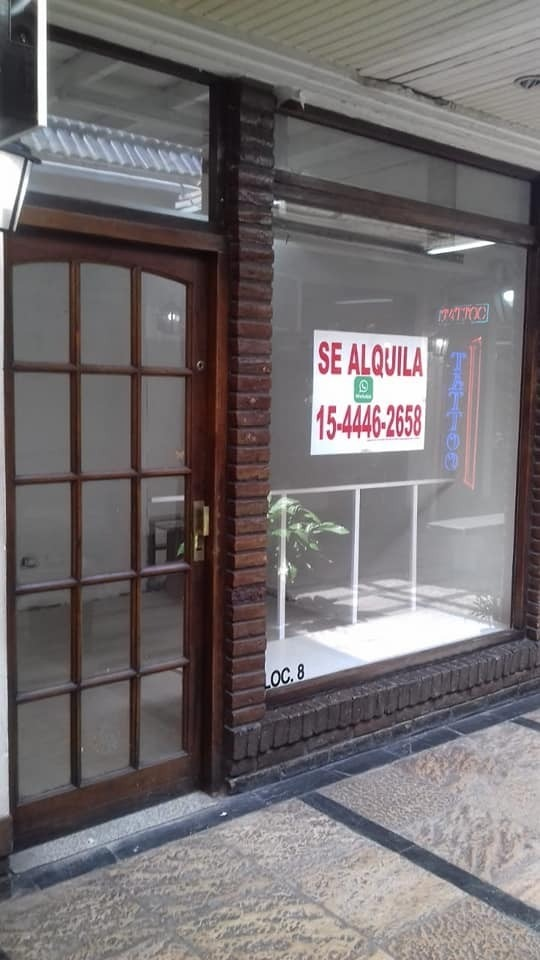 local en alquiler galeria via varesse ramos mejia