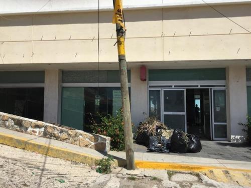 local en col. centro calle la quebrada #72