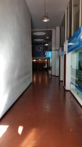 local (en galería) avda.7 e/48y49 (venta)