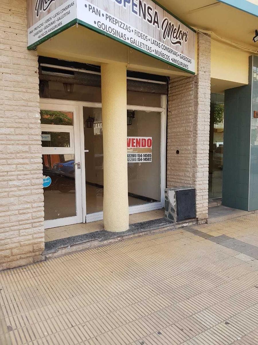 local en miramar, calle 16 numero 1163 (edificio andino)