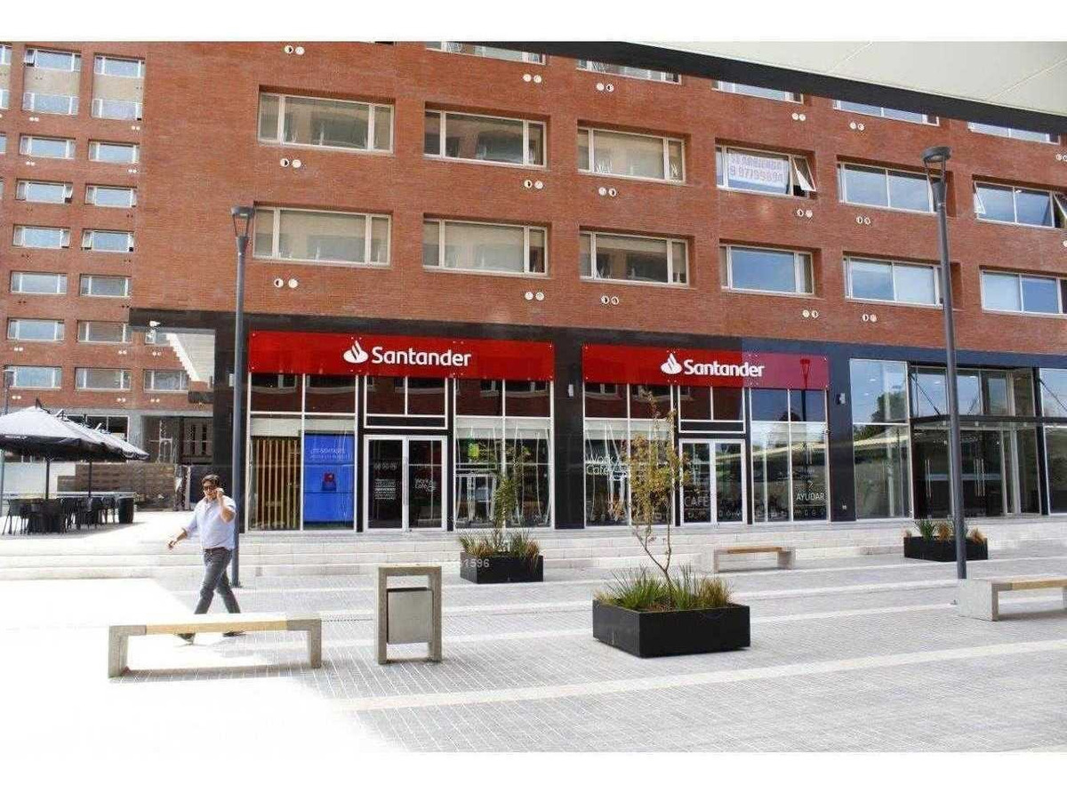 local en plaza comercial de edificio plaza oriente - centro las rastras