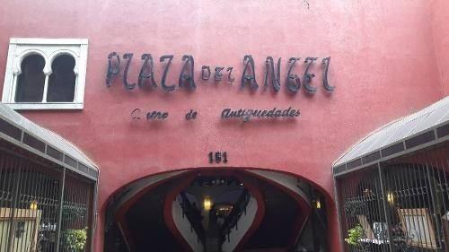 local en plaza del ángel
