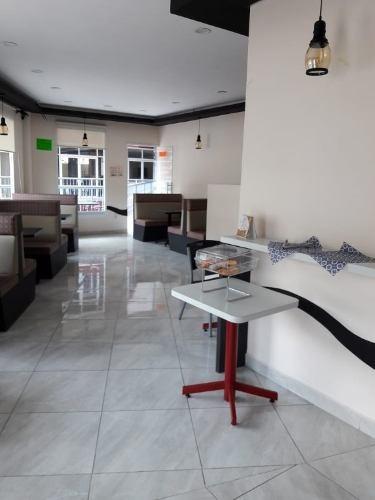 local en primer piso ideal para cafetería
