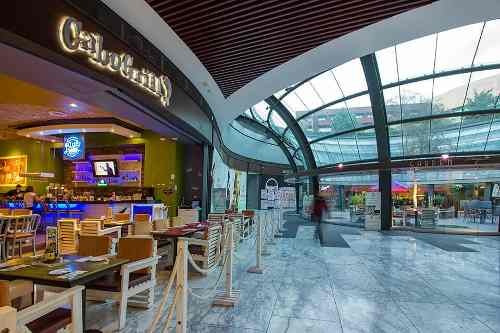 local en renta con terraza ideal para restaurante