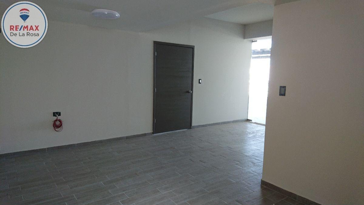 local en renta en nueva plaza 450