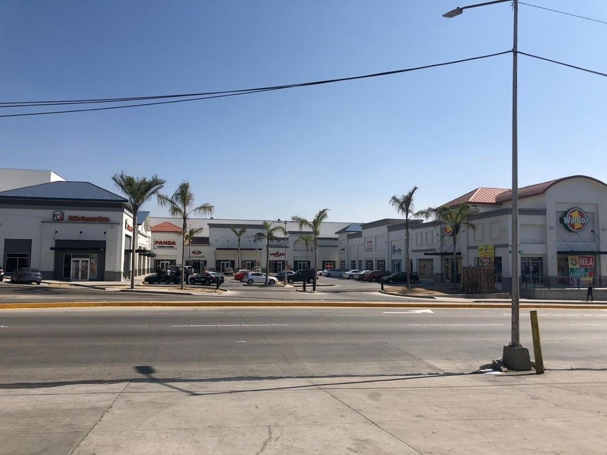 local en renta en plaza aeropuerto tijuana