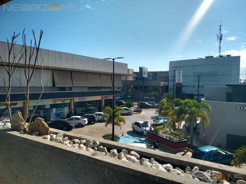 local en renta en plaza comercial col. lindavista, tampico