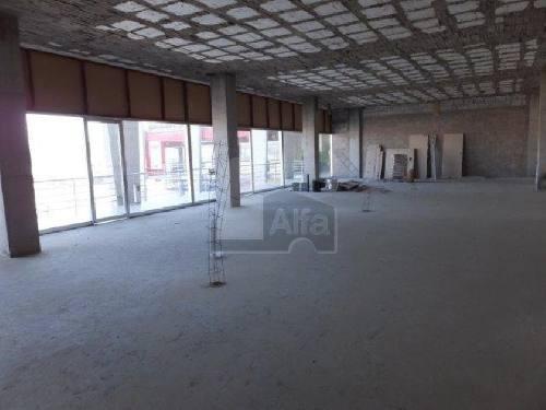 local en renta en plaza comercial nuevos por blvd. centro sur