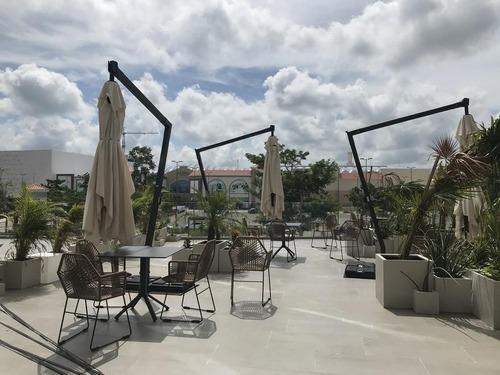 local en renta en sky work enfrente a plaza la isla, temozón, mérida